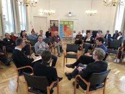 Gesprächsrunde auf der Tagung. Foto: Dieter Junker
